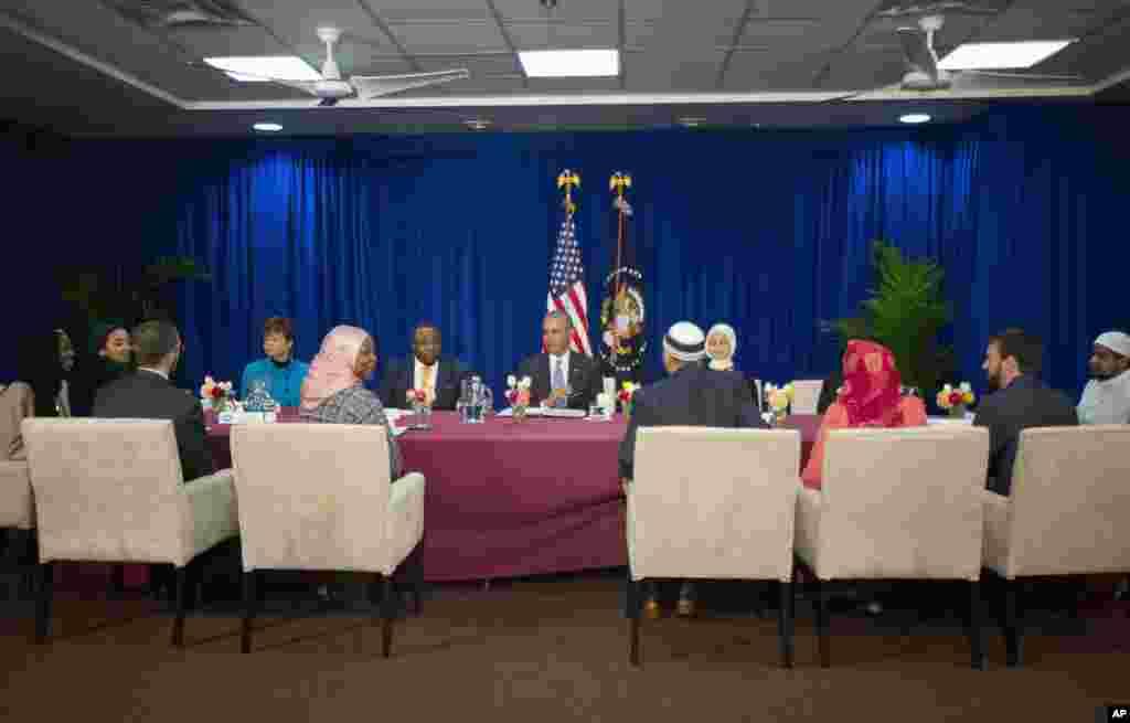 اسلامک سوسائٹی کے ارکان سے صدر براک اوباما نے ملاقات کی۔