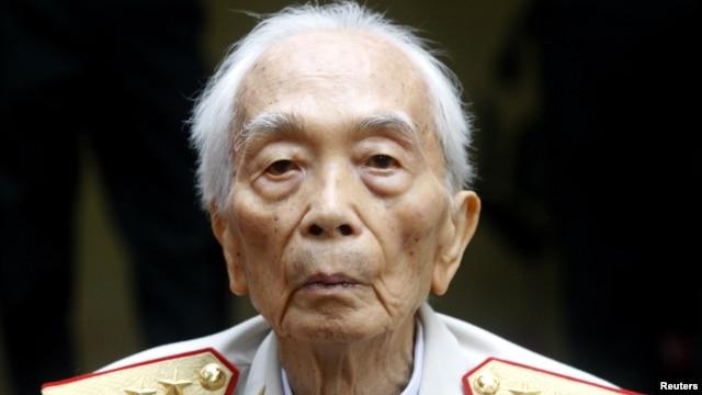 Đại tướng Võ Nguyên Giáp tại tư gia ở Hà Nội (Hình chụp ngày 4/8/2008).