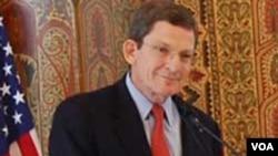 Utusan khusus AS Marc Grossman akan meminta Pakistan menghentikan serangan lintas-perbatasan militan ke Afghanistan.
