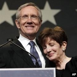Le démocrate Harry Reid, leader de la majorité démocrate au Sénat, a conservé son siège