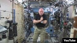 اسکات کلی فضانورد