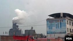 China quiere que Estados Unidos y otros países se comprometan a cumplir metas para la reducción de gases contaminantes con un carácter obligatorio y no sólo recortes voluntarios.