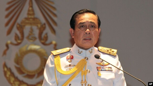 Gen. Prayuth Chan-ocha speaks at the start of his first press conference since Thursday's coup, May 26 , 2014.