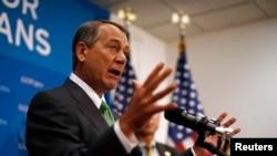Spika wa bunge la Marekani, John Boehner kutoka Republican akizungumza na wajumbe wenzake kuchukua hatua rahisi ili kuepuka kufungwa ofisi za serikali