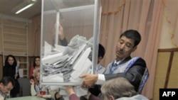 Kirgistan: Nacionalistët protestojnë rezultatet e zgjedhjeve