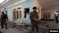Serangan bunuh diri di Jalalabad, Minggu, 17 Januari 2016.