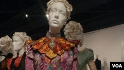 "Kostim koji je napasvila Kolin Etvud za film ""Alice Through the Looking Glass"""