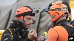 意大利潛水員準備繼續搜尋傾覆意大利郵輪的生還者
