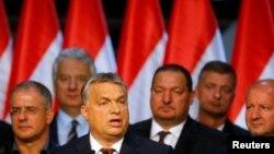 Mađarski premijer Viktor Orban govori posle referenduma u Mađarskoj