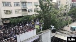 تجمع کارگران در تهران در روز جهانی کارگر