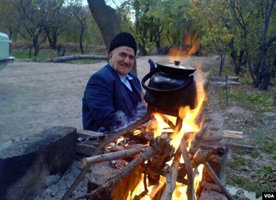 81 yaşlı azərbaycanlı şair xəstəxanaya düşdü