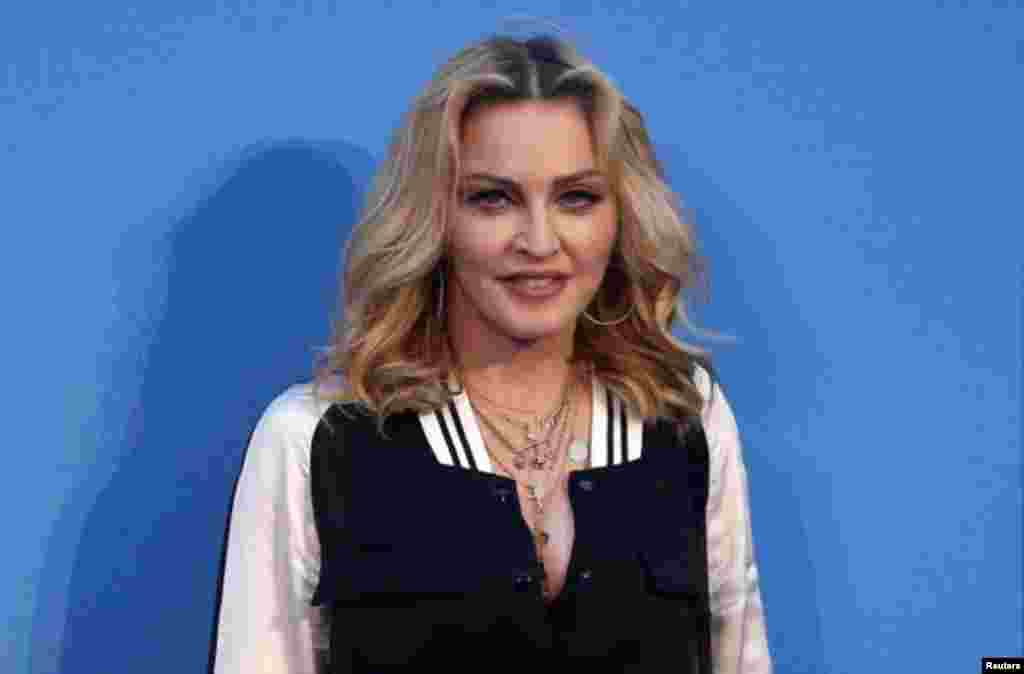 La cantante estadounidense Madonna asiste al estreno mundial de 'The Beatles: ocho días a la semana: The Touring Years' en Londres, Reino Unido, 15 de septiembre de 2016. Foto: Reuters