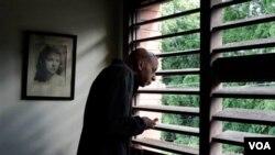 Fariñas siguió una huelga de hambre de 135 días a raíz de la muerte del disidente Orlando Zapata.