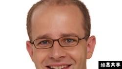 德国联邦议院人权委员会主席布朗德