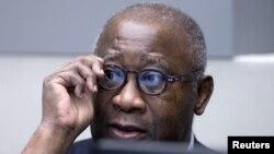 28일 네덜란드 헤이그에 있는 국제형사재판소에 출두한 로랑 그바그보 전 코트디부아르 대통령이 재판 시작을 기다리고 있다.