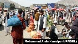 بازاری در مرکز شهر کابل