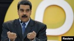 """Yo le diría con respeto al presidente Donald Trump vamos a entendernos, vamos a comunicarnos, vamos a respetarnos"", dijo el presidente Maduro sobre una hipotética reunión con su homólogo Donald Trump."