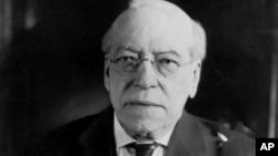 미국 노동운동의 할아버지로 불리는 새무얼 감퍼스(Samuel Gompers). 미국 최대의 노동조합 연맹체인 'American Federation of Labor(AFL)'을 창설하고 회장직에 있으면서 미국 노동자들의 권리와 복지를 개선하는데 일생을 바쳤다.