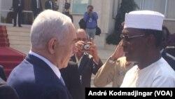 Benyamin Netanyahu et Idriss Deby Itno le 20 janvier 2019, à N'Djamena au Tchad. (VOA/André Kodmadjingar)