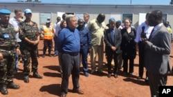 U.N. Secretary-General Antonio Guterres, center, listens to U.N. staff in Bangui, Central African Republic. (File)