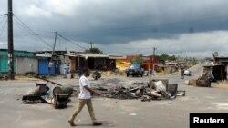 Une rue de Libreville après les manifestations violentes post-électorales, Gabon, 1er septembre 2016.