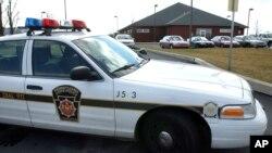 Mobil polisi Pennsylvania di depan sebuah TKP. (Foto: Ilustrasi)