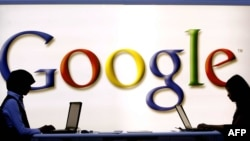 Google's new confidentiality rules, established on March the 1st, 2012, are not in accordance with the Europan legislation protecting personal data and will have to be modified, the 27 European data protection authorities said, October 16, 2012.