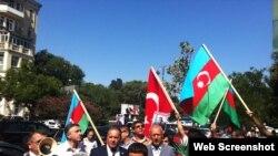 Türkiyə səfirliyi qarşısında aksiya olub