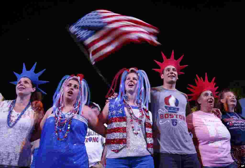 Ամերիկան նշում է Անկախության օրը