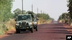 Các giới chức địa phương nói các phần tử chủ chiến đã bị đẩy ra khỏi Diabaly, nằm cách thủ đô Bamako 400 kilômét về phía đông bắc. (AP Photo/Harouna Traore)