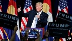 Donald Trump se queja de que dos de los tres debates presidenciales programados coincidirán con juegos de fútbol americano.