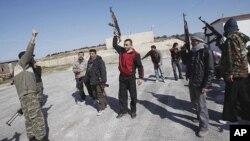 Pasukan pemberontak Suriah menolak tuntutan untuk memberikan jaminan tertulis untuk menghentikan pertempuran (foto: dok).
