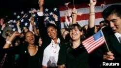 امریکایی ها برای انتخابات ریاست جمهوری ۲۰۱۶ آمادگی می گیرند.