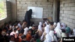 也門兒童2018年10月18日上學情形。