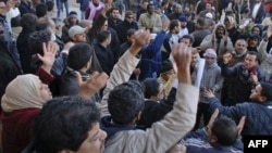 Phong trào chống đối đã lan tới nhiều thành phố trên khắp nước