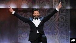 Người dẫn chương trình buổi lễ, diễn viên Hugh Jackman.