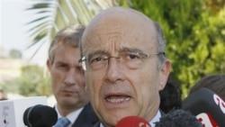 آلن ژوپه وزیر امور خارجه فرانسه روز دوشنبه گفت سکوت شورای امنیت «عاقلانه نیست» و آنچه در سوریه صورت می گیرد جنایت علیه بشریت است