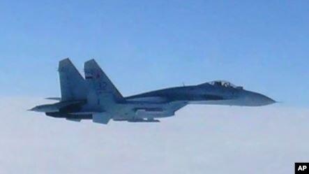 Пентагон: Російський Су-27 «небезпечно» перехопив літак США над Чорним морем