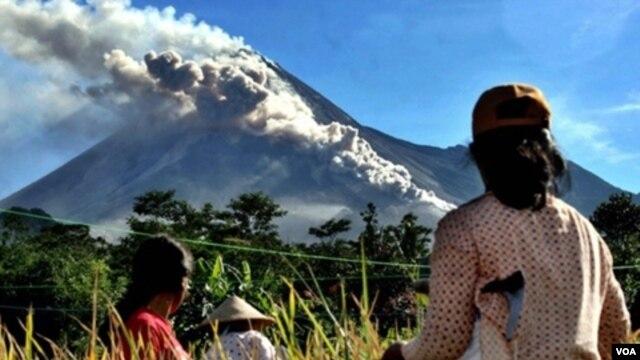 Status Gunung Berapi di Indonesia Soal Status Gunung Berapi