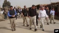 بازدید سناتوران امریکایی از هلمند