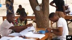 Adrien Houngbedji sur la VOA : « c'est un putsch électoral »