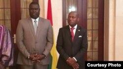 Le président Jose Mario Vaz (à droite) en compagnie du nouveau Premier ministre le 31 janvier 2018 à Bissau, Guinée-Bissau.