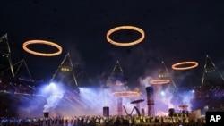 Upacara pembukaan Olimpiade Musim Panas di London 2012 (AP Photo/Matt Slocum).