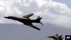 B1-B bomber & F15