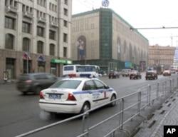 大示威当天莫斯科市中心街头,附近是联邦安全局总部和著名商店