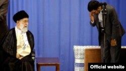 احمدینژاد زمانی از حمایت کم نظیر خامنهای برخوردار بود و حتی پس از اعتراضات انتخابات سال ۸۸ خامنهای صراحتا از او حمایت کرد