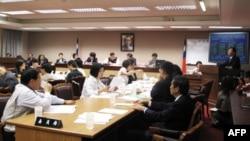 立法院讨论大陆学生来台法案
