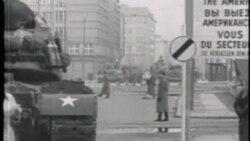 PKG BERLIN WALL