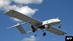 Các nhân viên tình báo Pakistan nói rằng một cuộc không kích do máy bay không người lái, tình nghi là của Hoa Kỳ, đã giết chết 5 người tại khu vực bộ tộc Nam Waziristan.