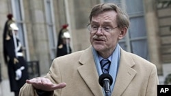 World Bank President Robert B. Zoellick (file photo)